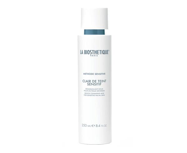 Мягкое очищающее молочко для чувствительной кожи Clair de Teint Sensitif Sensitive La Biosthetique